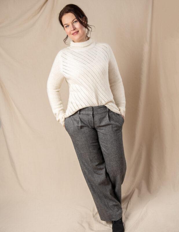 Elena Irgl portfolioImage 371394