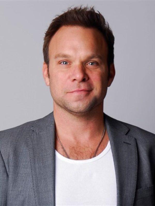 Norbert Leo Butz picture 25299