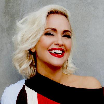 Jenn Lyon