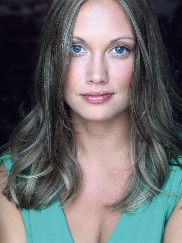 Julia Sobaski picture 29038